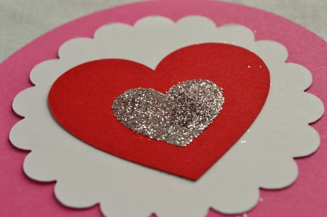 glitter heart craft using silhoutte
