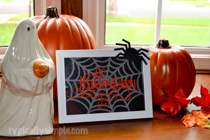 Halloween Framed Spiderweb-5