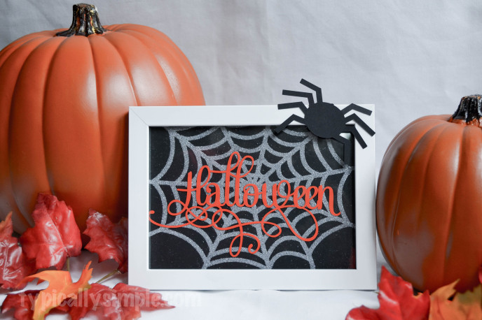 Halloween Framed Spiderweb-7