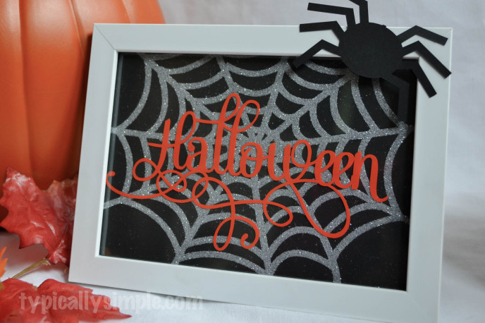Halloween Framed Spiderweb-8