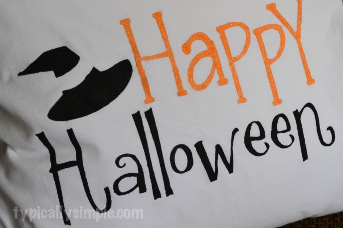 Halloween Pillow using Fabric Paint and Freezer Paper Stencil