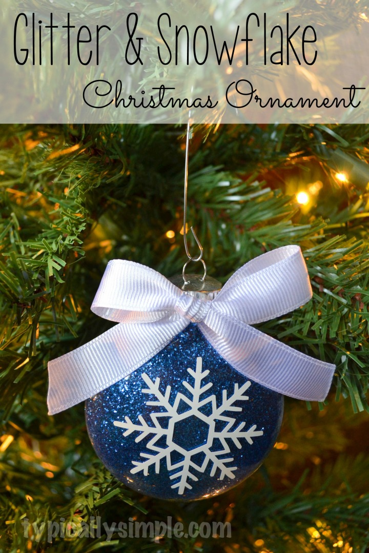 Make this simple snowflake glitter ornament with hairspray, glitter and vinyl! A great project for Silhouette Cameo users!