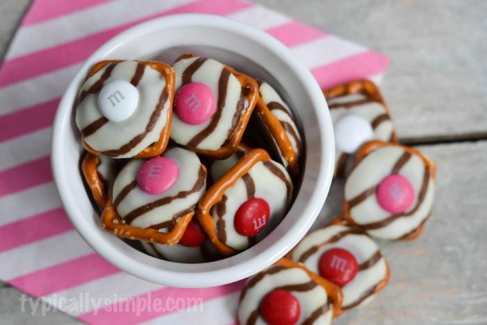 White Chocolate Pretzel Bites