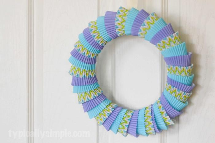 Cupcake Liner Wreath-11