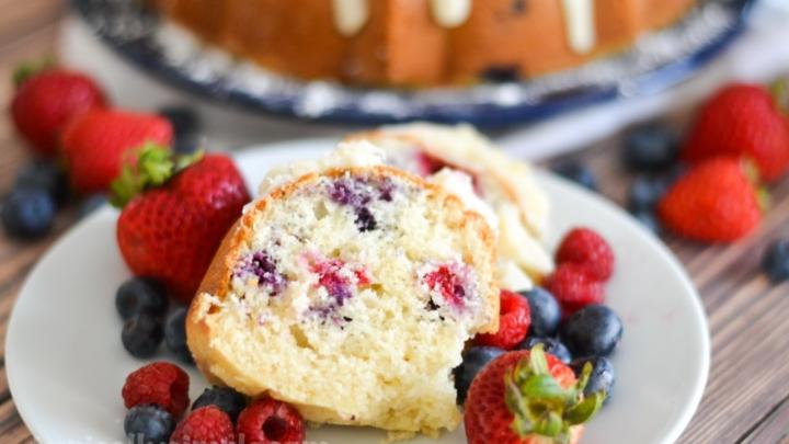 Very Berry Bundt Cake