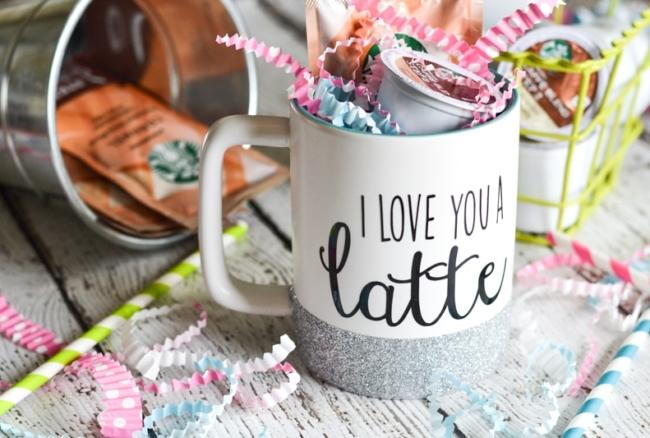 Glitter Dipped Coffee Mug Tutorial