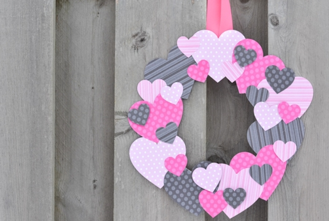 Grab a few basic supplies from your craft stash to make this cute scrapbook paper heart wreath for Valentine's Day!