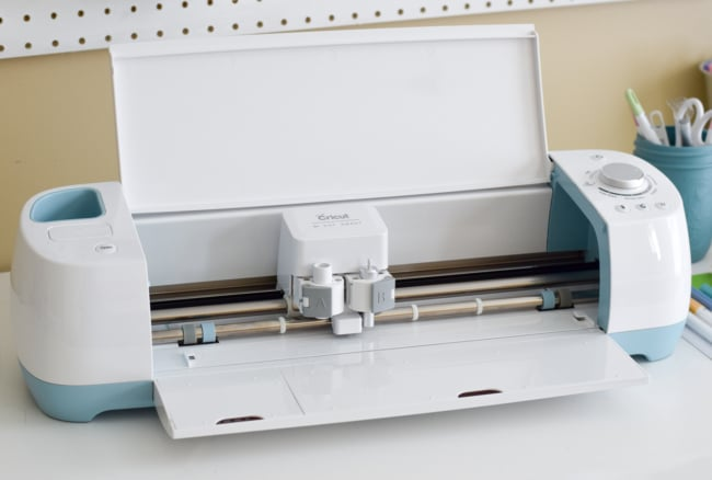 Cricut Explore Air: Choosing a New Cutting Machine