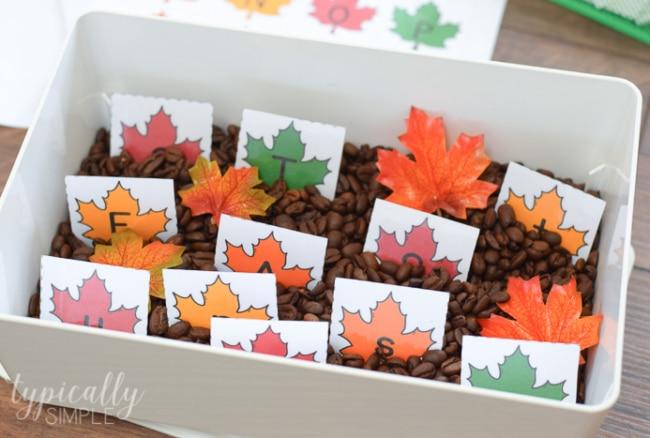 Printable Alphabet Cards – Fall Leaves